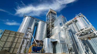 Tanks and agricultural silos of grain elevator storage